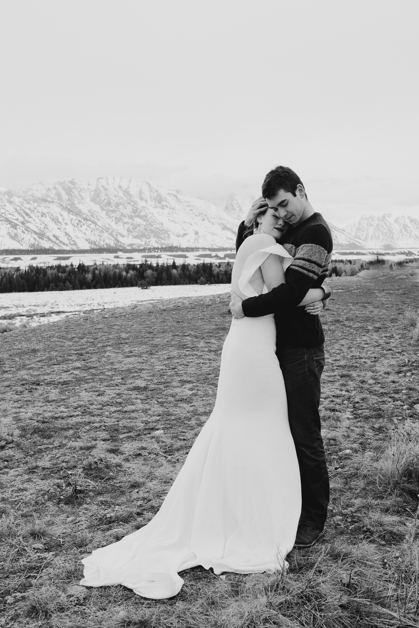 tetonstaralauren-3138 Grand Teton Lovers| Tara Lauren Wedding Gown