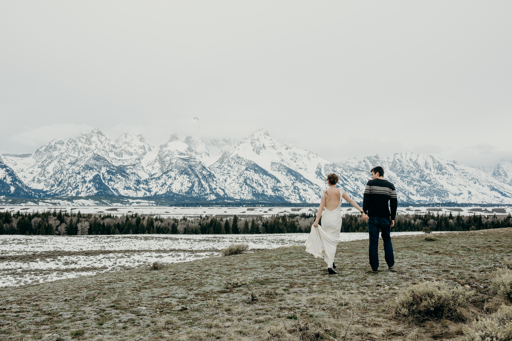 tetonstaralauren-3202 Grand Teton Lovers| Tara Lauren Wedding Gown