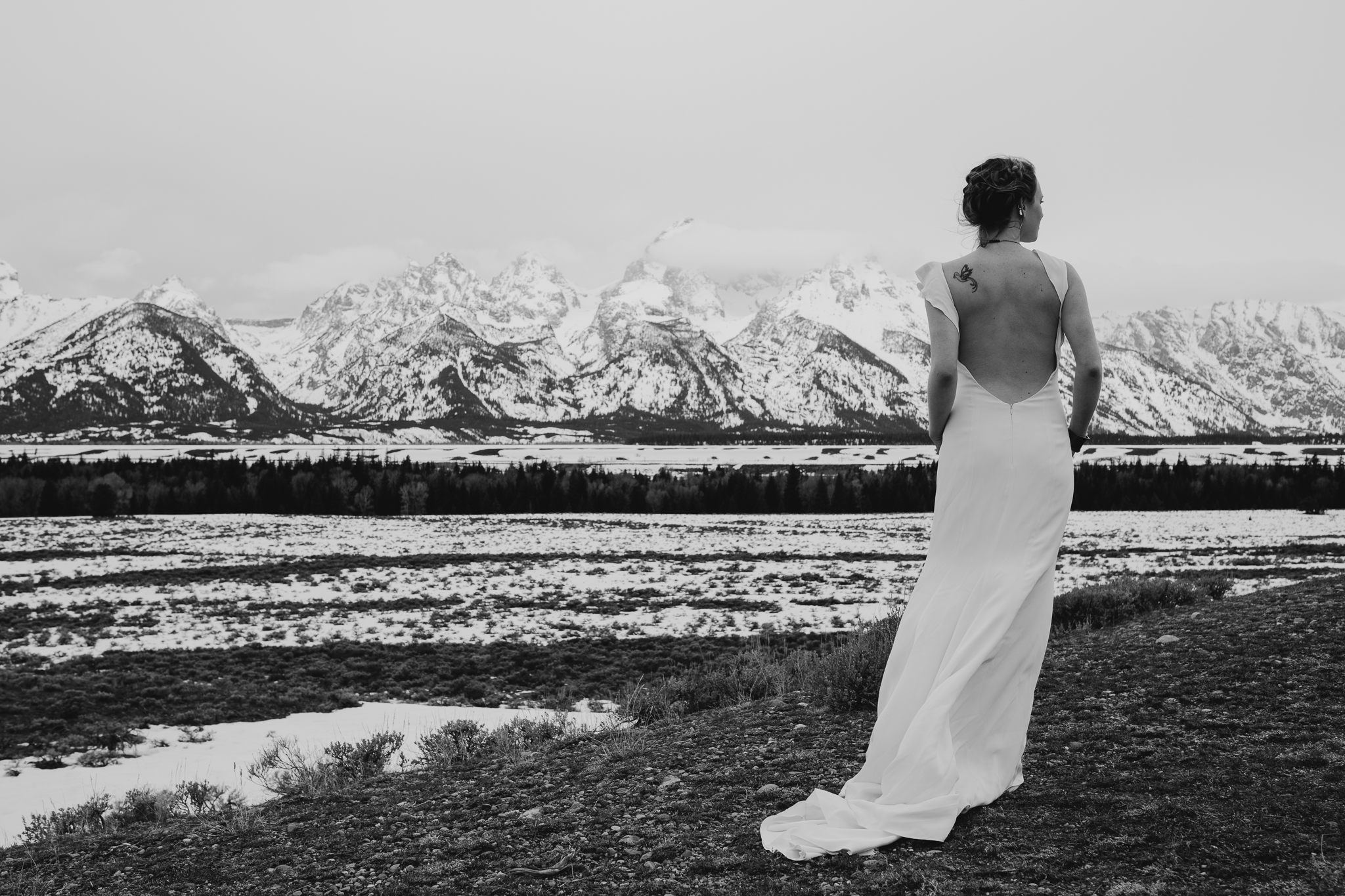 tetonstaralauren-3298 Grand Teton Lovers| Tara Lauren Wedding Gown