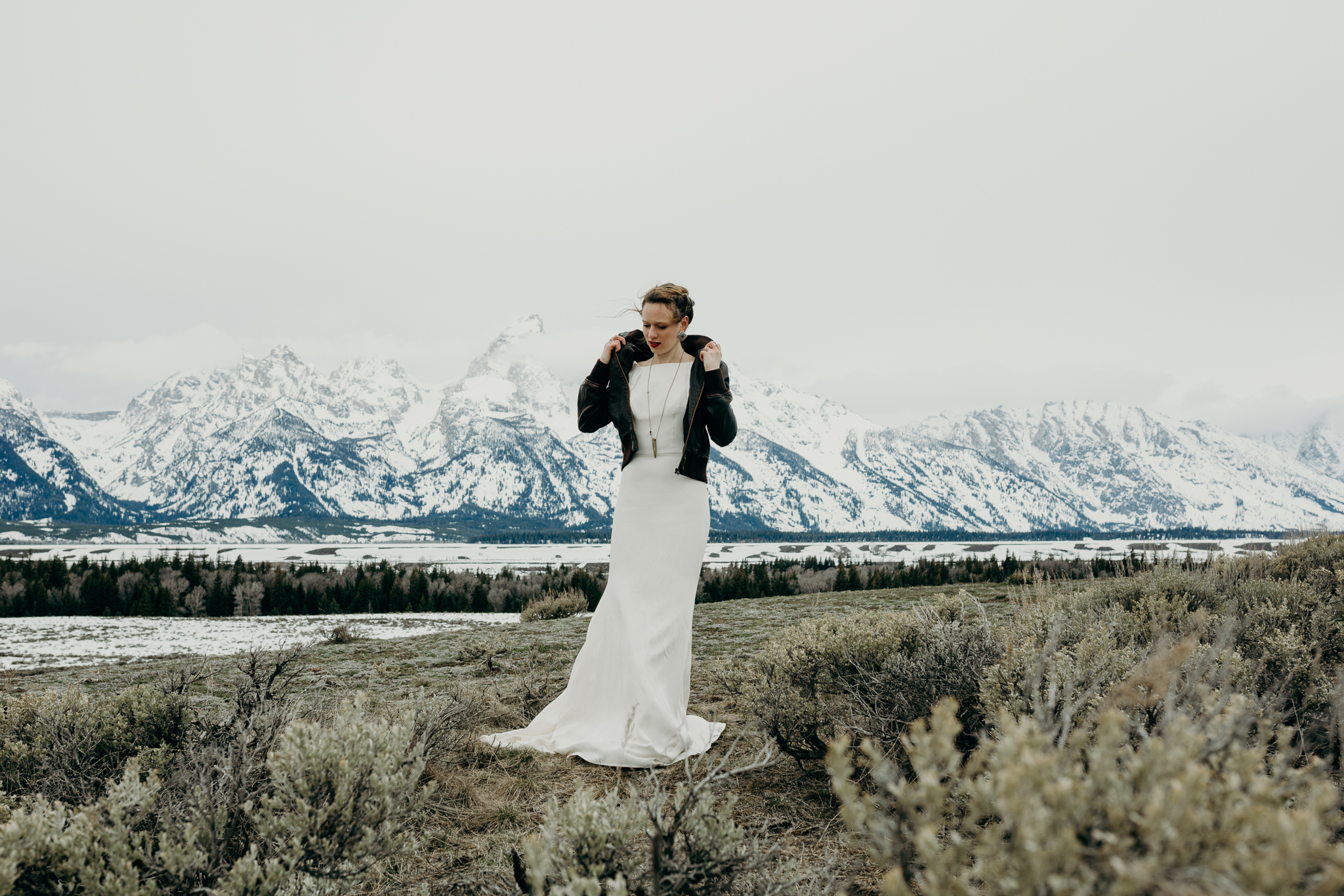 tetonstaralauren-3329 Grand Teton Lovers| Tara Lauren Wedding Gown