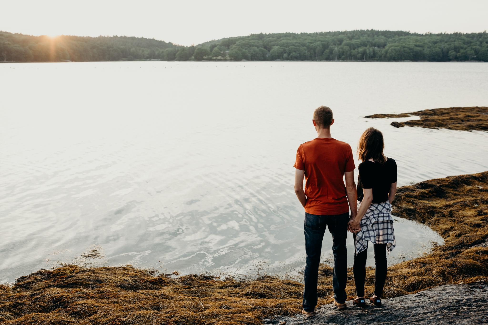 erinwheatco-2666 Anniversary Session on the Coast of Maine   Sarah & Dan