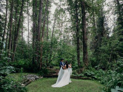 Kayla & Lane | Alaskan Summer Raven Glacier Lodge Wedding