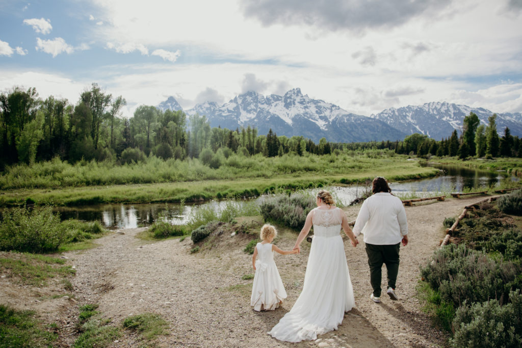 LGBTQ+ Wedding At Schwabachers Landing
