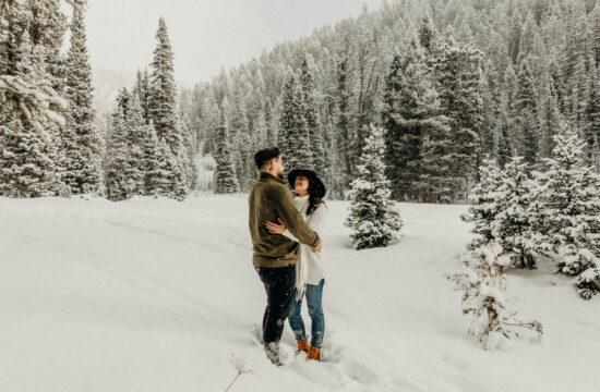 mountain winter wonderland photoshoot